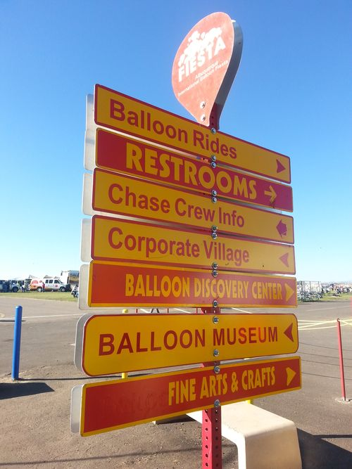 Balloon sign